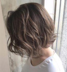 40代 髪型 ボブ 前髪なし☆髪の根本から立ち上げてふんわりするテクを教えて!!