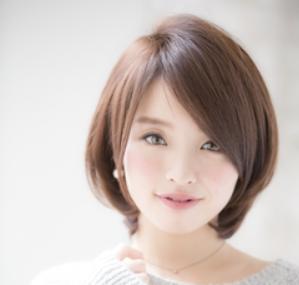 40代髪型☆丸顔さんが似合うストレートボブはこれ♪